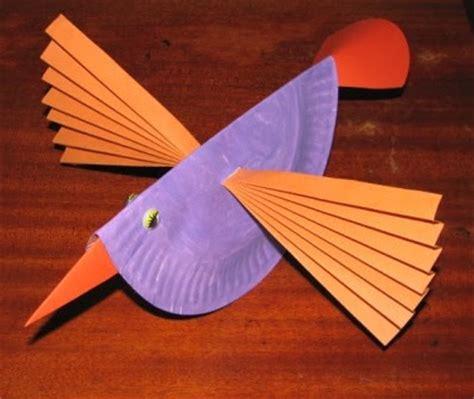 Bird Paper Plate Craft - paper plate birds munchkins and