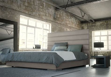 PRINCE Modern Platform Bed   Modloft