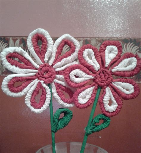 como decorar dulceros con papel china flores de papel crepe ideas belleza y manualidades