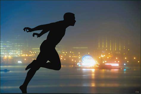 alimentazione maratoneta camminare correre nuotare alimentazione sport e