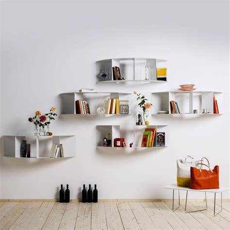Marvelous Salon Mur Jaune  #12: La-dcoration-murale-deco-maison-design-etagere-murale-deco.jpg