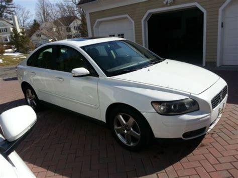 buy   volvo   turbo awd  wheel drive sunroof leather white tan