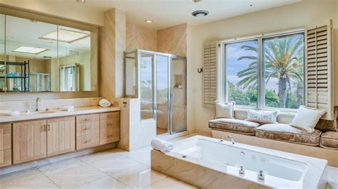 da letto con cabina armadio e bagno con bagno e cabina armadio trova le migliori idee