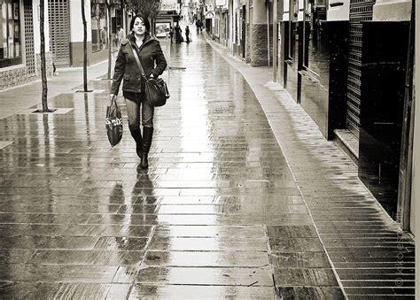 caminando por valles oscuros kiko esperilla seg 250 n me levante caminando por la calle