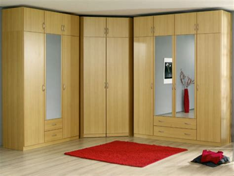 Wardrobe Designs With Mirror For Bedroom Mirror Wardrobes For Bedroom Designs