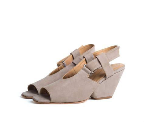 the palatines shoes the palatines shoes inopia slingback sandal w sculpted