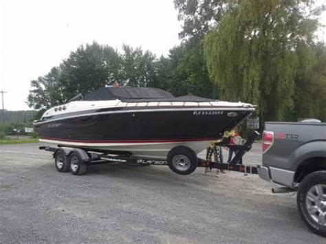 used larson boats for sale in ontario larson 258 lxi 2014 used boat for sale in ottawa ontario