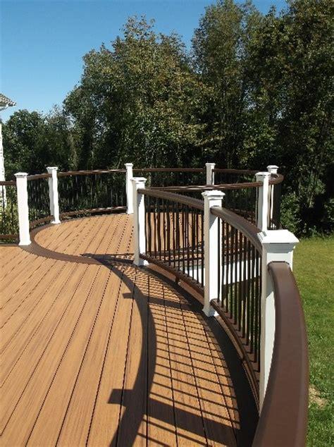 Black Deck Spindles Trex Deck With Vintage Lantern White Rail With Black