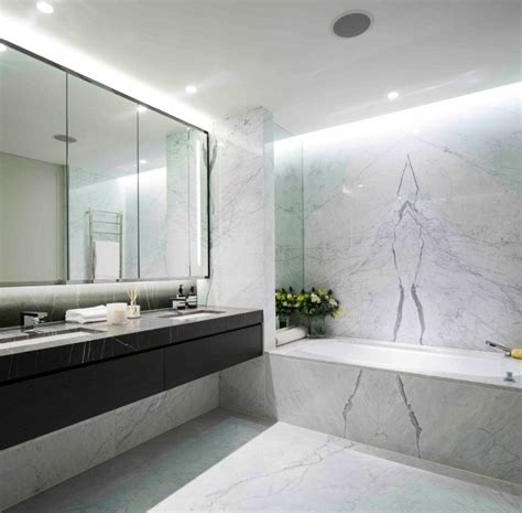 deckenbeleuchtung bad marmor im bad vor und nachteile der marmorfliesen