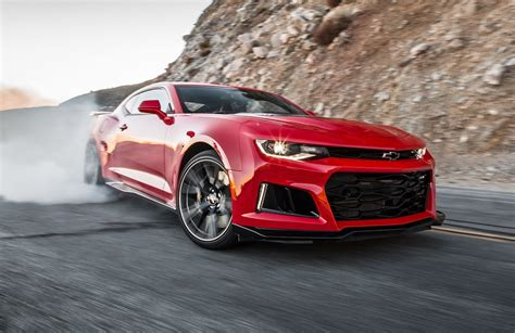 2017 Camaro Zl1 Review by 2017 Chevrolet Camaro Zl1 Test Review Motor Trend