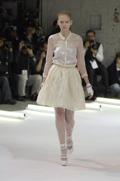New York Fashion Week Fall 2008 The Project Runway Finale Show by Rodarte Fall 2008 Runway Pictures Livingly