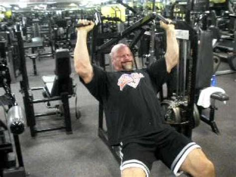jeep swenson bench press wwe wrestler terry quot the warlord quot presses 440 lbs for reps