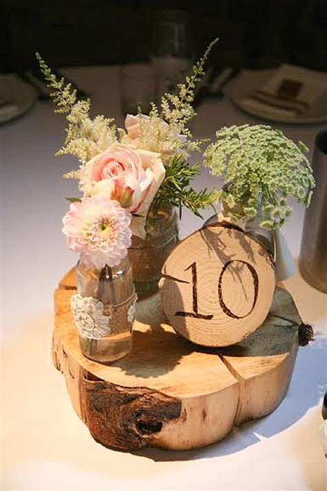 tree table centrepieces rustic wedding centrepieces on tree slice for