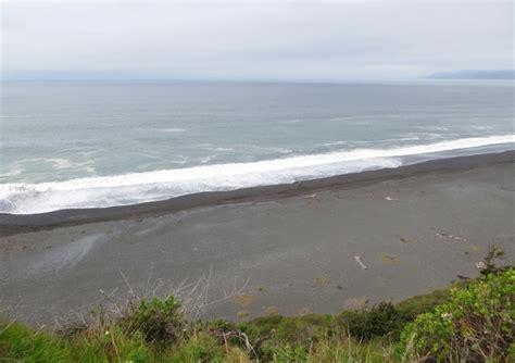 black sand california black sands whitethorn ca california beaches