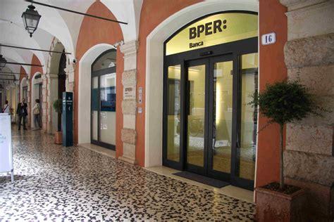 banche emilia romagna banche affondo bper creval con unipol intermedia channel