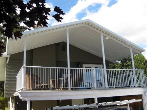 Metal Awnings For Decks by 17 Best Ideas About Aluminum Patio Covers On
