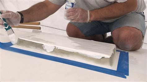 applying gelcoat to a boat diy boat restoration applying gelcoat by brush youtube