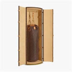 Support Sac De Frappe 2600 by Boxe 138 000 Le Sac De Frappe Louis Vuitton Dessin 233 Par
