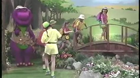 barney and the backyard gang barney goes to school barney the backyard gang gogo papa com