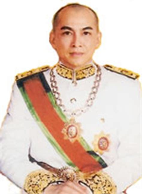 biography of famous person in cambodia norodom sihamoni biography norodom sihamoni s famous
