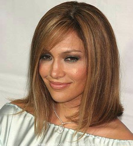 Latest Shoulder Length Bob Haircut Pics For Womens and Girls