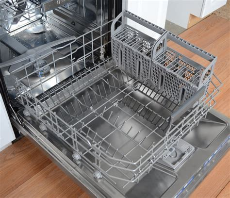 bosch dishwasher plate rack bosch benchmark series she8pt55uc review reviewed com dishwashers
