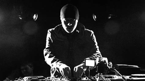 Eric Prydz Opus Vinyl - eric prydz bringing out cirez d for nyc and la shows 6am