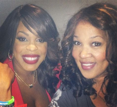 vanessa simmons debuts her baby bump nelly visits andy vanessa simmons debuts her baby bump nelly visits andy