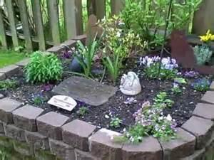 Pet Memorial Ideas For The Garden Rudolph Memorial Garden