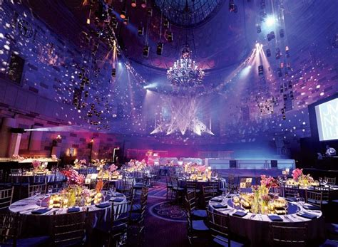 blacklight dinner jes gordon proper created a supper club atmosphere at