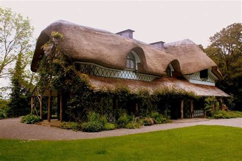 swiss cottage the swiss cottage cahir ireland bild swiss cottage