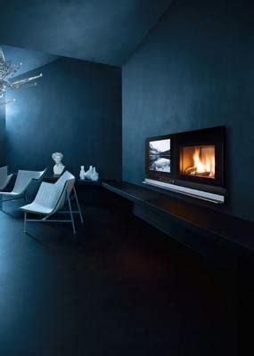 camino e tv biocamino e tv su parete attrezzata
