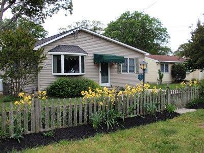 cape may house rentals cape may house rental the cloverdale is a 3 bedroom 1 bath single floor home fenced yard dog
