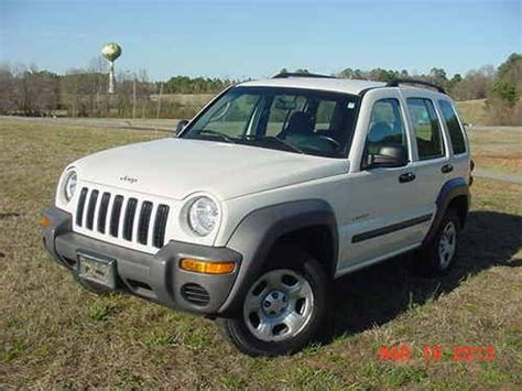 04 Jeep Liberty Sell Used Jeep Liberty 04 Limited 3 7l V 6 Rwd Solid