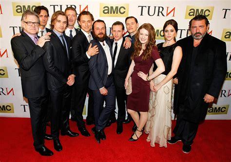 turn washingtons spies tv series 2014 full cast turn washington s spies turn washington s spies red