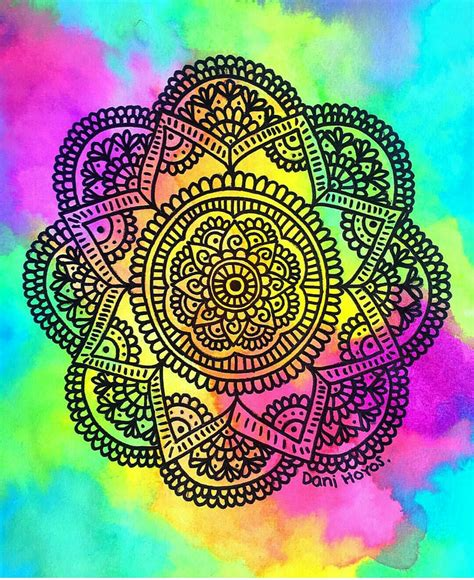 imagenes arte mandala m 225 ndala con fondo de colores zentangle pinterest