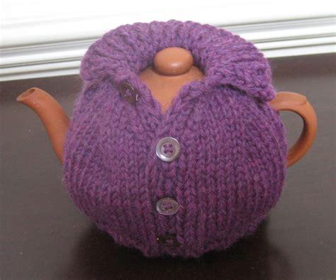 tea cozy knit a few tea cozy knitting patterns cottageartcreations