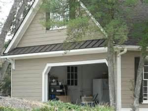 garage door overhang landscape