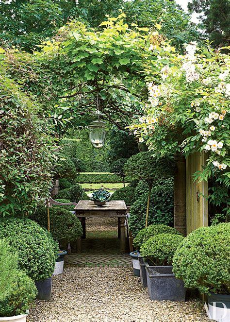 pergola or trellis 18 garden trellises and pergolas for summer