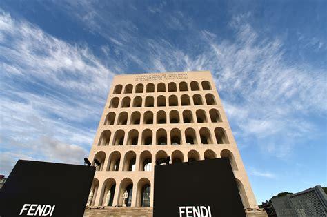 sede fendi roma inaugurata la nuova sede di fendi al colosseo quadrato