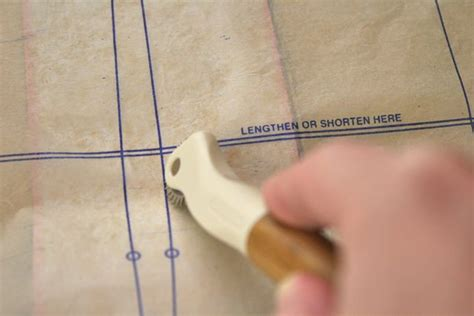 best sewing pattern tracing paper using tracing paper on a sewing pattern whipstitch