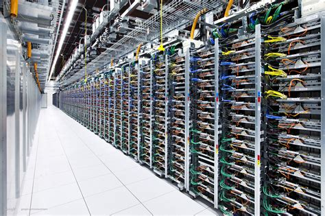 design server google data center google montre 224 quoi ressemblent ses entrailles