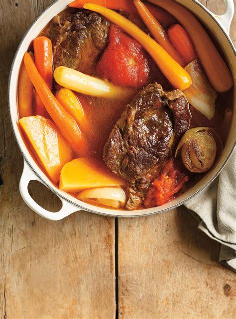 beef and tomato pot au feu ricardo
