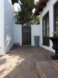 Spanish Style Homes With Interior Courtyards by Photos Hgtv