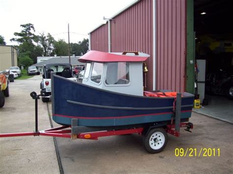 mini tug boats for sale 1000 images about mini tug boat on pinterest tug boats