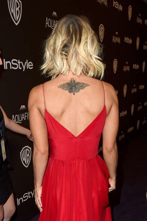 kaley cuoco insect tattoo tattoos lookbook stylebistro
