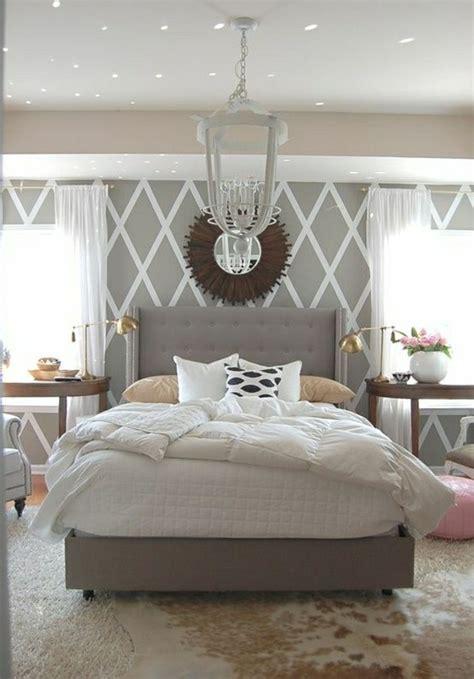 schlafzimmer tapette ideen tapete in grau stilvolle vorschl 228 ge f 252 r wandgestaltung