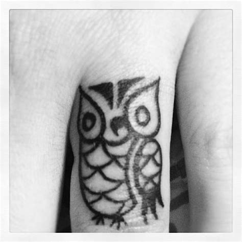 Owl Tattoo On Finger Meaning | 17 fascinating small owl finger tattoo designs ideas