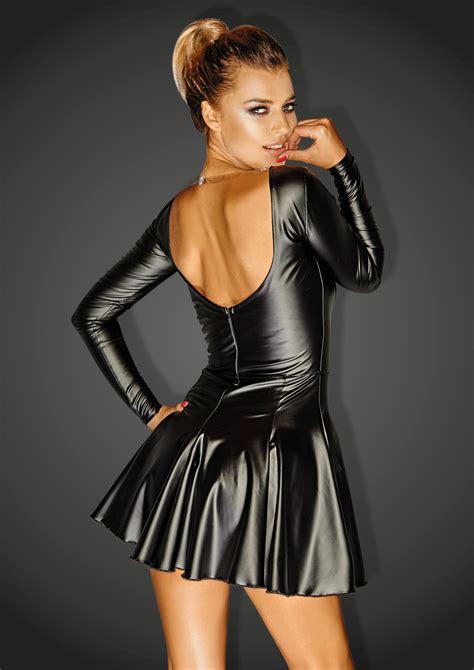 wetlook jurk met lange mouwen noir clubwearcompany