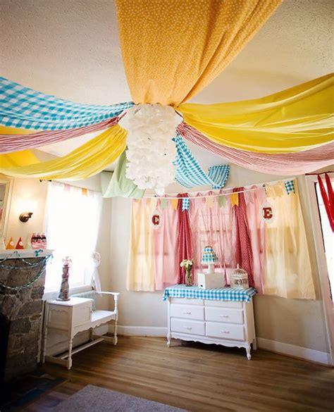 ideas para decorar un salon con telas decorar una fiesta con telas